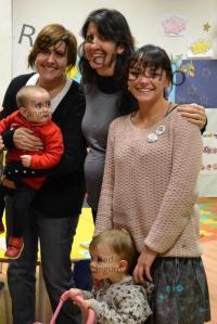 Delia junto a nuestras compañeras Anabel y Cris en un momento de la asamblea 2012 de Red Canguro.